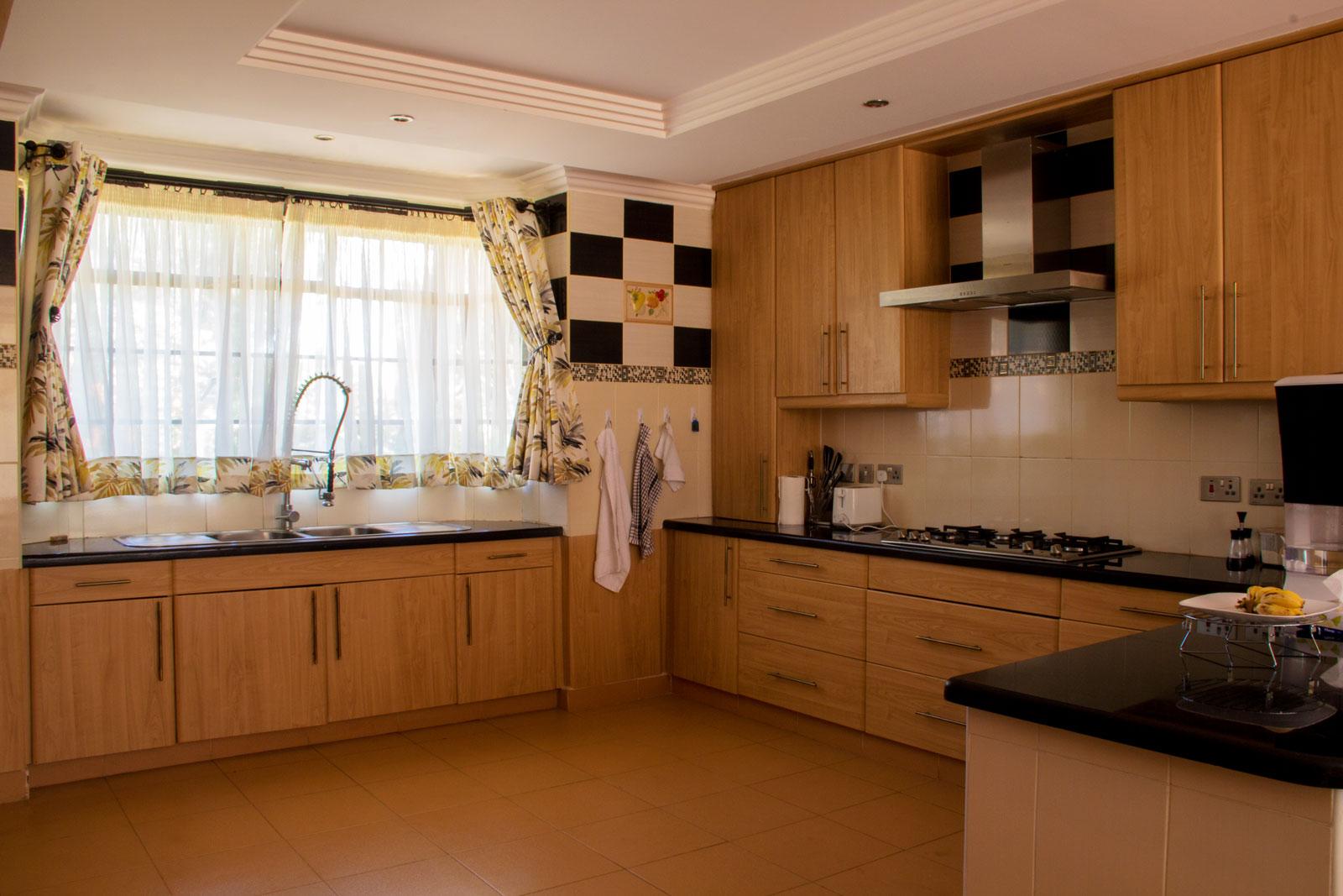 karen-kitchen